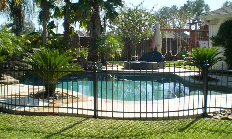It Is Sometimes Called Removable Fencing Because Can Be Removed Easily Seen Through The Most Attractive Of Pool Due To Its